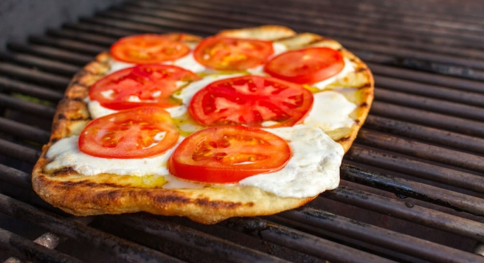 Entertaining With Grilled Pizza