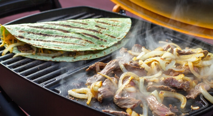 20-Minute Steak Fajita Quesadillas