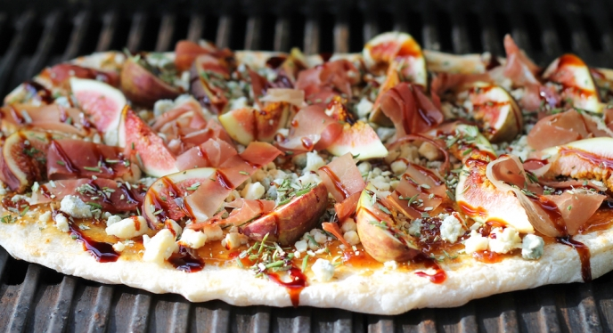 New Year's Eve Appetizer: Grilled Flatbread with Fig, Blue Cheese and Prosciutto